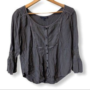 American Eagles outfitter grey embroidered blouse